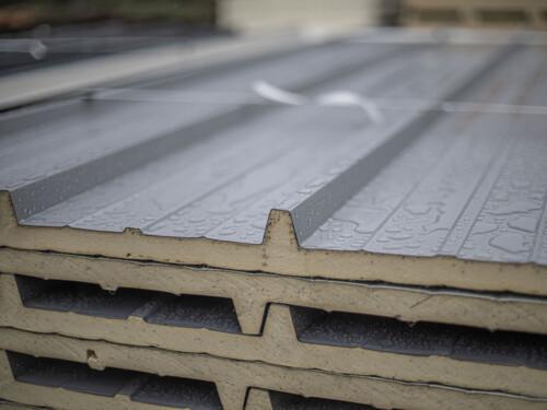 Sandwichpaneele für Dach
